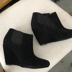 Black suede ankle wedge booties size 7